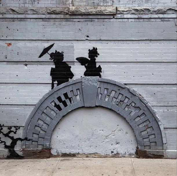 Banksy's Geishas on the Bridge was taken down the next day :(