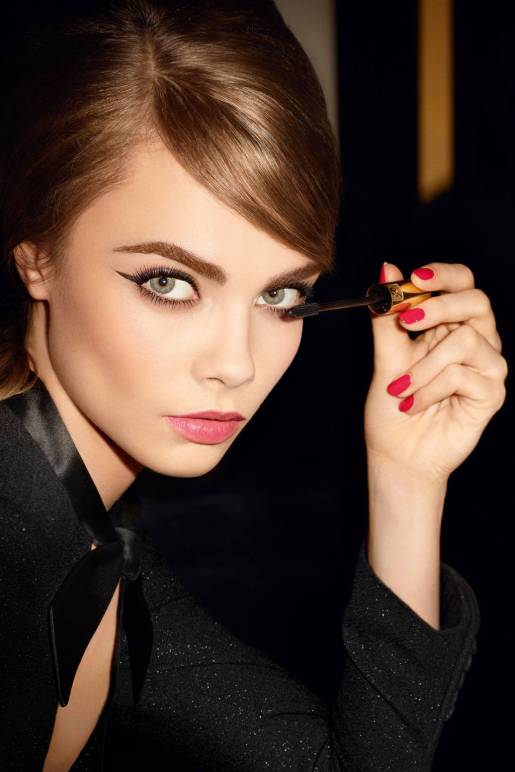 (Cara is still the face of beauty in 2014!!)