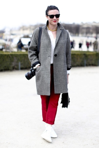 fall-outerwear-trend-report-street-style-gets-a-coat-check-36